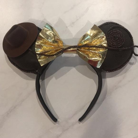 Indiana Jones ears